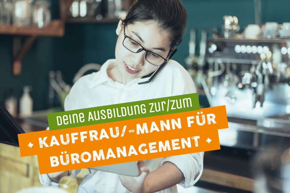 Frau als zur Ausbildung für Kauffrau Büromanagement
